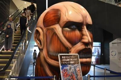 Attack on Titan Sergisi'nin İçine Bir Bakış